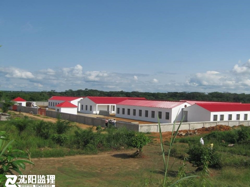援刚果(金)2所小学项目